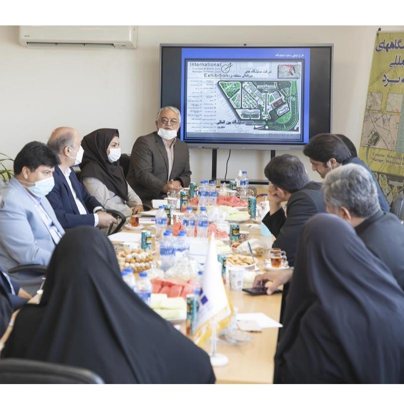 بازدید رئیس و اعضا فراکسیون توسعه زیرساخت های  فرهنگی، سیاحتی و نمایشگاهی از نمایشگاه بین المللی یزد